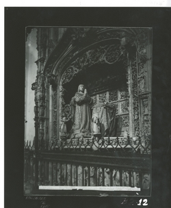 B2-12 Cartuja de Miraflores. Detalle sepulcro D. Alfonso