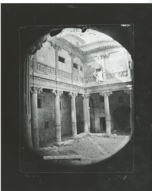 B5-4  Arq. Civil- Patio del palacio del canónigo Fcº Miranda