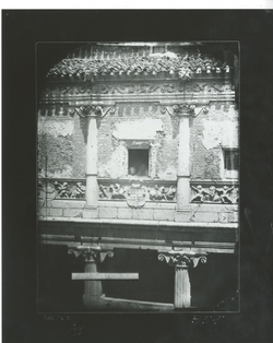 B5-5  A.C. Galería alta del patio del palacio de Miranda