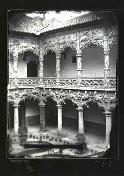 C1-I Patio de los leones del Palacio del Infantado