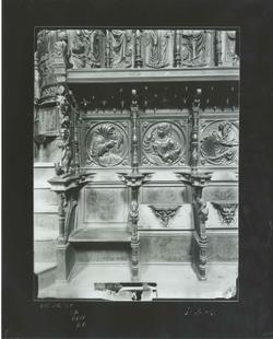 D2-6 Convº San Marcos. Detalle de la sillería baja del coro