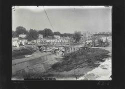 E2-1 Lavanderas en el Manzanares, bajo el antiguo puente