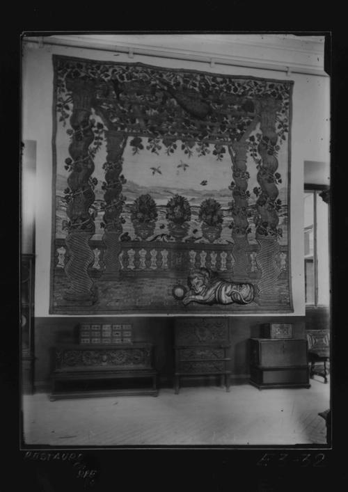 E3-32 Sala noble, tapiz barroco