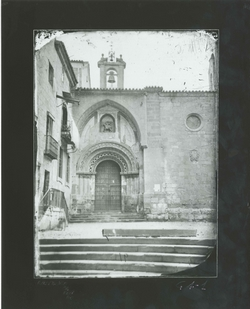 G4-1 Iglesia de San Martín. Puerta del Obispo
