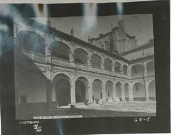 G5-1 Patio del Colegio de Fonseca o los Irlandeses