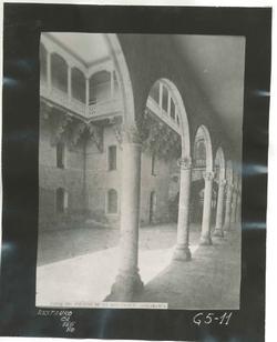 G5-11 Patio del Palacio de la Salina (Diputación)
