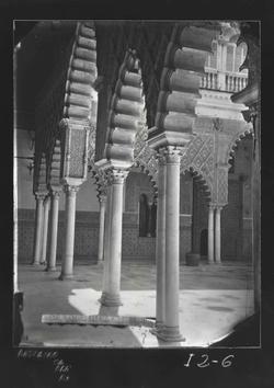 I2-6 Alcázar. Esquina del Patio de Doncellas