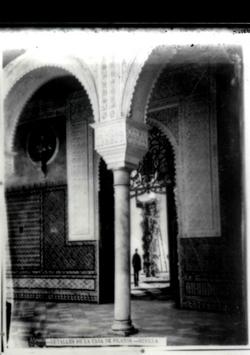 I3-8 C. Pilatos-Detalle de los arcos en la galería baja