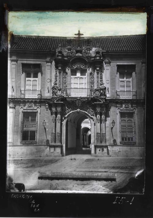 I5-1  Portada del Palacio Arzobispal