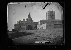 K1-1 Catedral. Fachada norte y torre del Salvador
