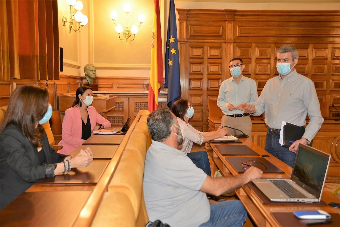 Foto de archivo de una reunión del Gobierno provincial