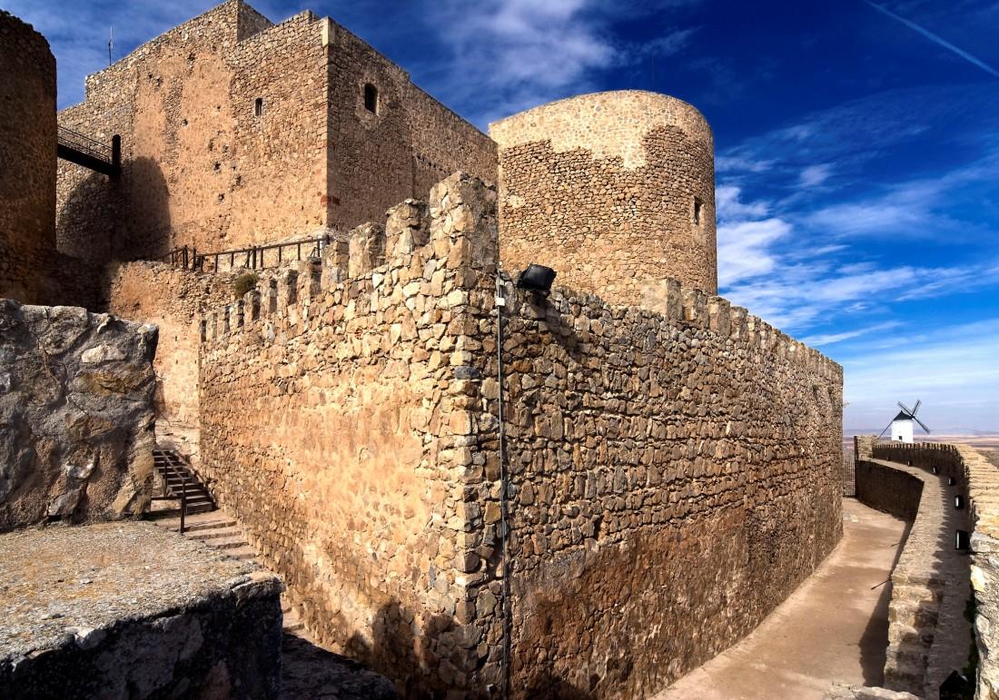 Castillo San Martin de Montalban