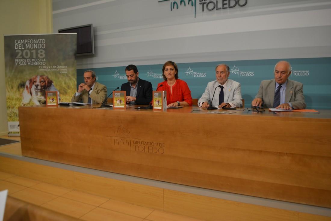 María Ángeles García en la presentación del campeonato mundial que acogerá la comarca de Torrijos