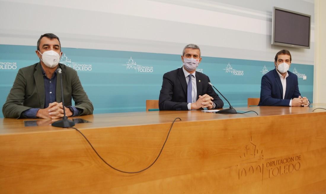 Álvaro Gutiérrez junto a Javier Guillén y Pablo García