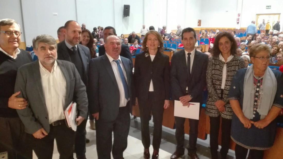 Flora Bellón y Jaime Corregidor en el I Encuentro de Asociaciones de Mayores Campana Oropesa