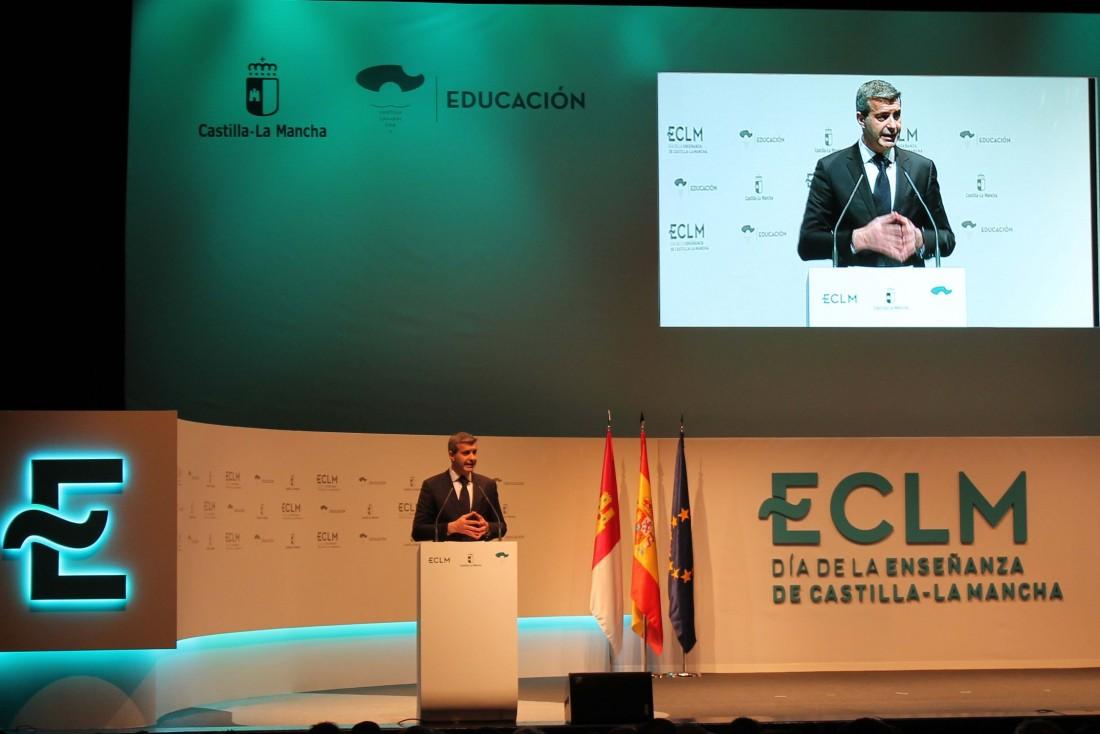 Álvaro Gutiérrez interviene en elacto del Día de la Enseñanza de Castilla-La Mancha