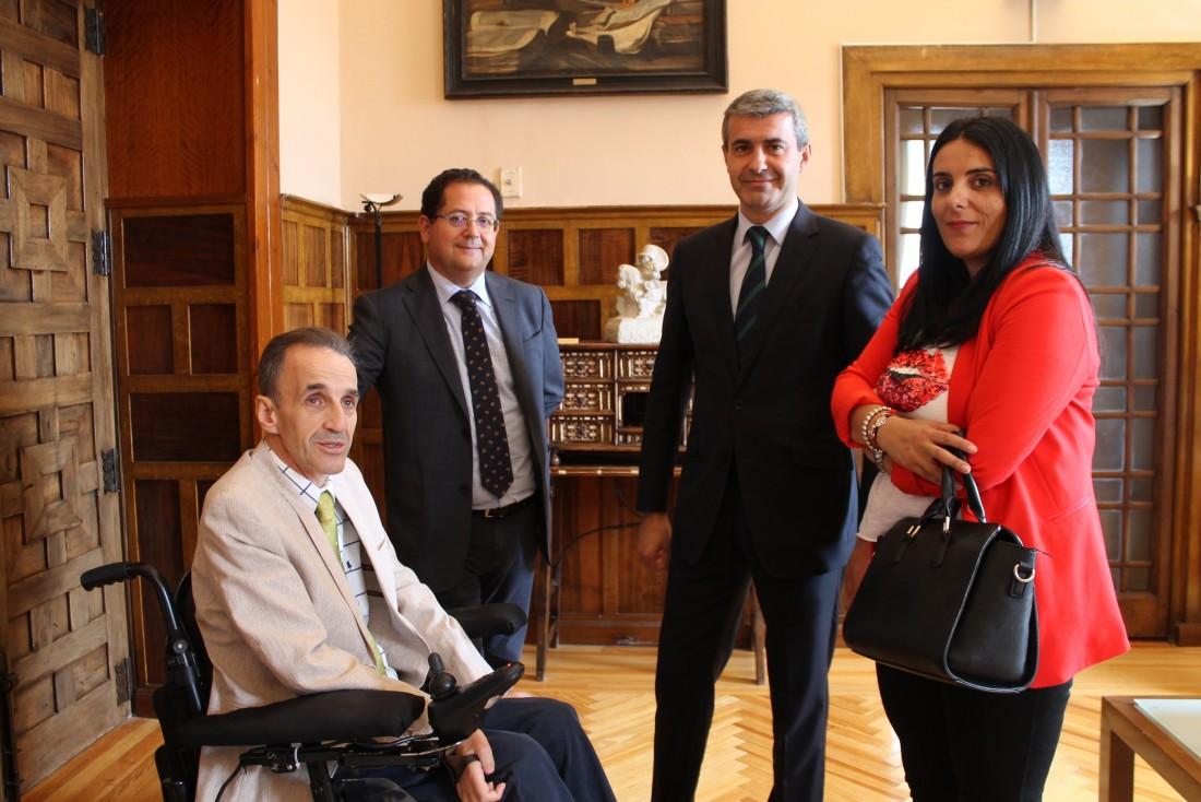 Álvaro Gutiérrez y José Ramón del Pino, con Tomás Villarrubia y María Muelas