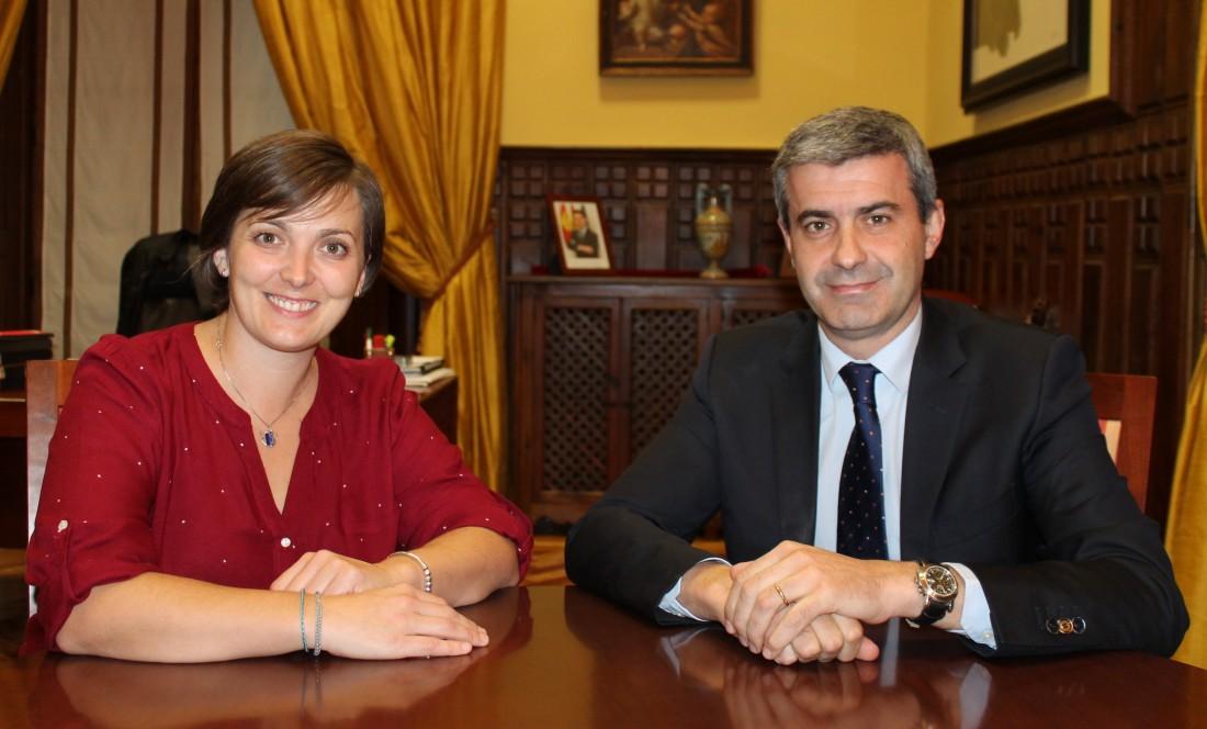 Álvaro Gutiérrez y Rosario García en un momento de la reunión