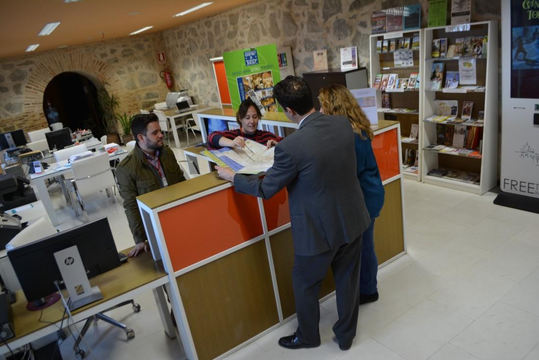 Foto de archivo de la oficina de turismo de la Diputación en la subida de la Granja