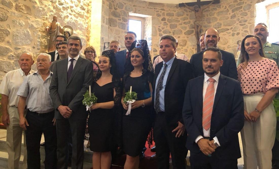 Álvaro Gutiérrez junto a David Palomares y alcaldes toledanos en las fiestas de Garciotum