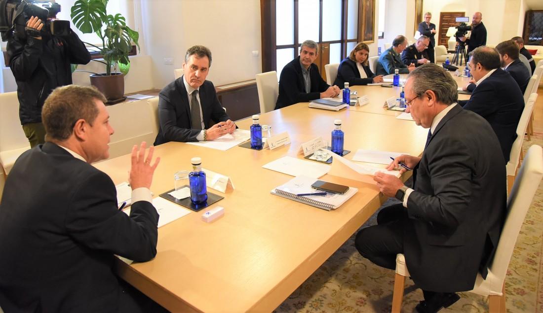 Álvaro Gutiérrez en la reunión de coordinación con el presidente de Castilla-La Mancha