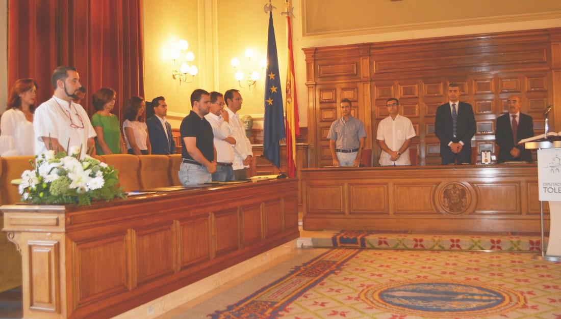 Álvaro Gutiérrez entrega medalla de Diputación a Alicia Benito