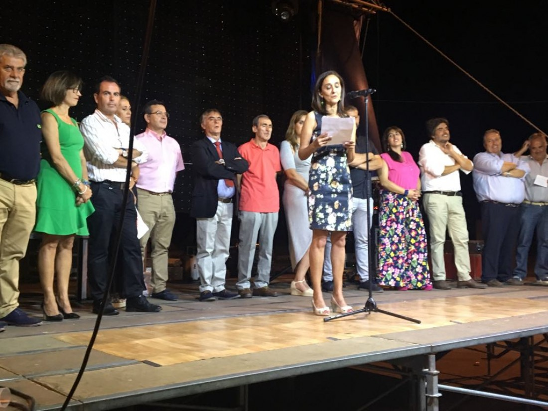 Flora Bellón durante el pregón en El Casar de Talavera