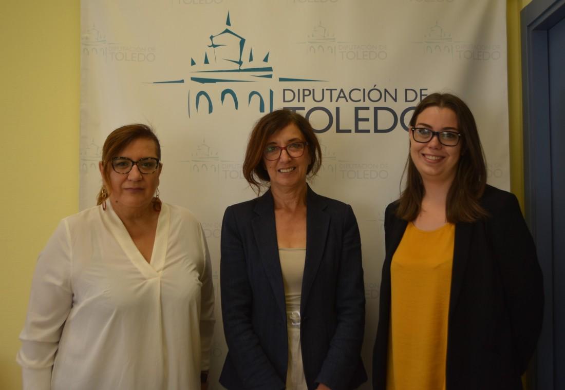 Ana Gómez con Nuria Cogolludo y Marisol Núñez