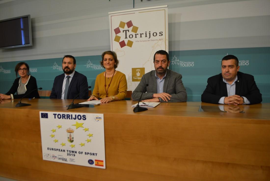 El presidente con Torrijos como Villa Europea del Deporte