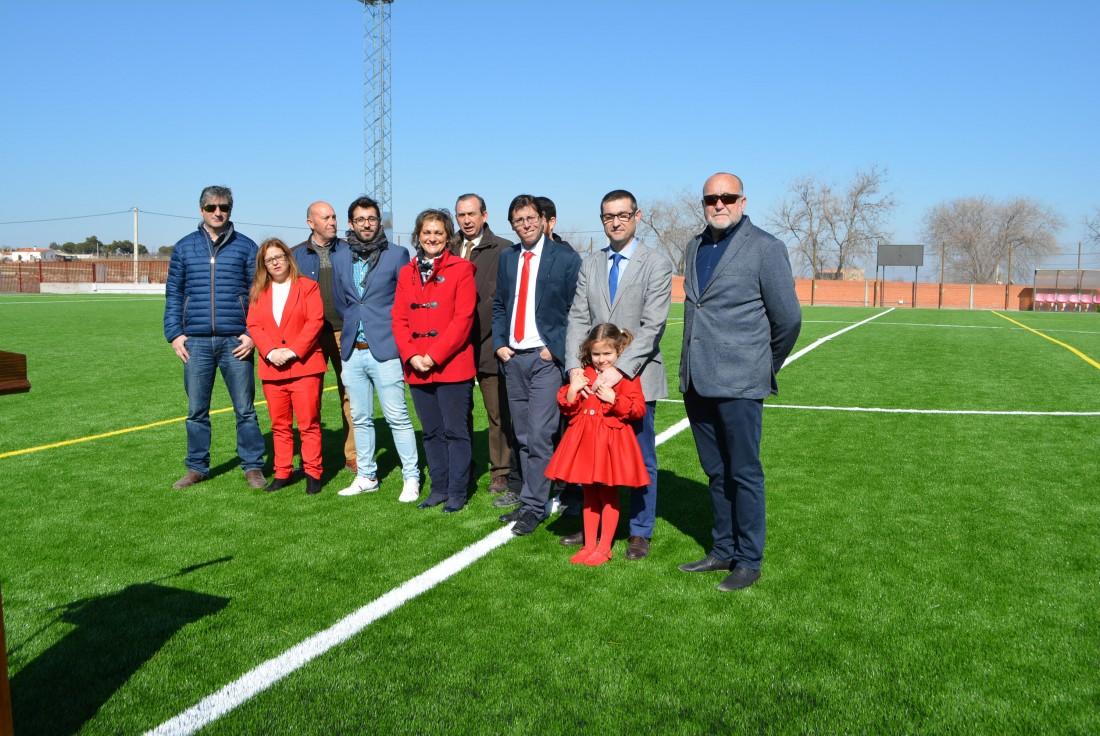 Inauguración del nuevo campo de fútbol artificial de Nambroca