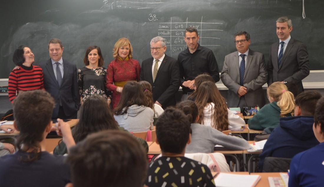 Álvaro Gutiérrez en el nuevo instituto de Yuncos