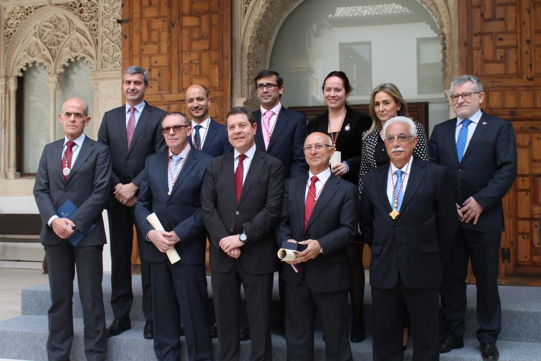 Foto de familia del acto del centenario de la RABACHT