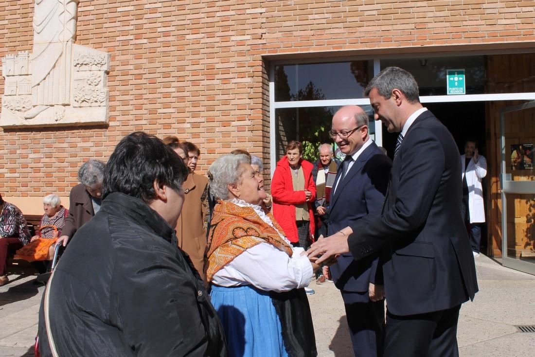 Álvaro Gutérrez durante la misa del patrón de la Residencia Social Asistida San José