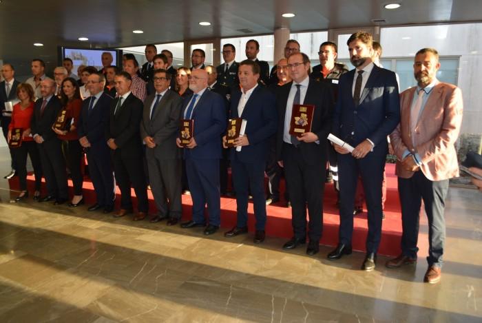 Rafael Martín con los premiados
