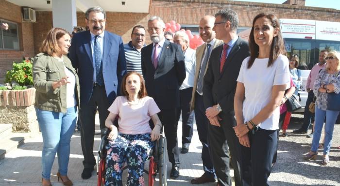 En la inauguración del centro con la presidenta de ATAEM