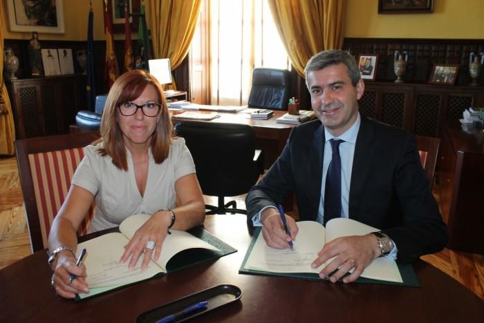 Foto de archivo de Álvaro Gutiérrez y Yolanda Villar