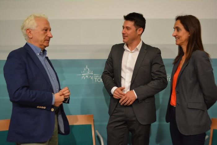 Flora Bellón con Enrique Martínez de la Casa y Fernando Herran