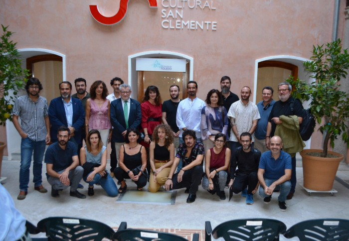 Ana Gómez y Ángel Felpeto con los artistas