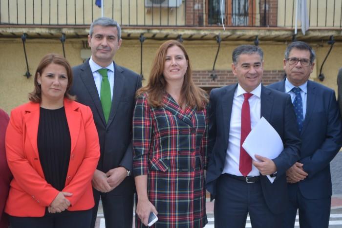 Álvaro Gutiérrez con Silvia Díaz, Agustina García Élez, Manuel González Ramos y Javier Nicolás
