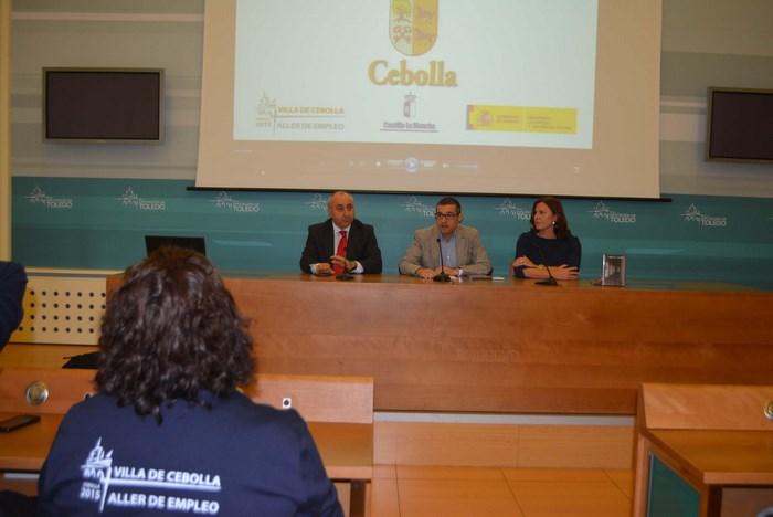 Fernando Muñoz en la rueda de prensa de presentación del documental sobre Cebolla