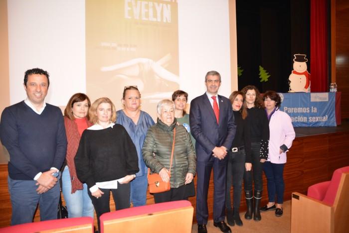 Álvaro Gutiérrez en el cine fórum celebrado en Escalona