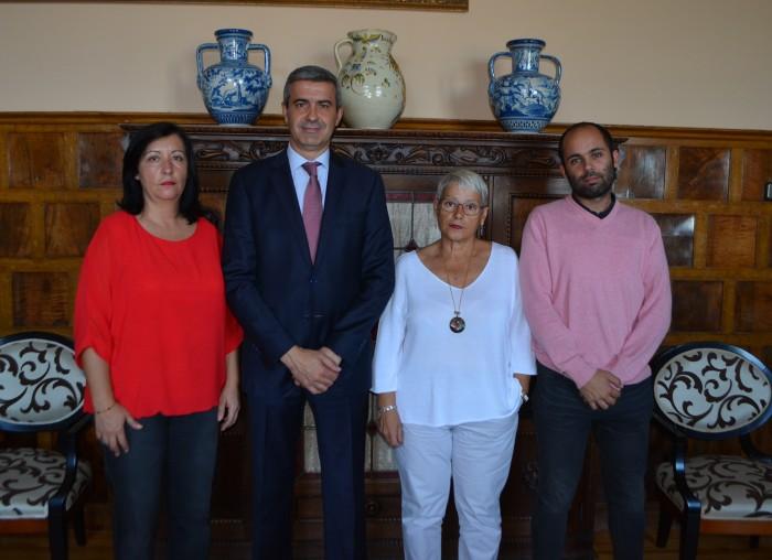Álvaro Gutiérrez foto Espinoso Rey reunión nuevo gobierno