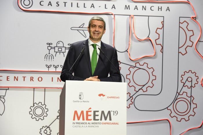 Álvaro Gutiérrez en un momento de su intervención en los premios empresariales