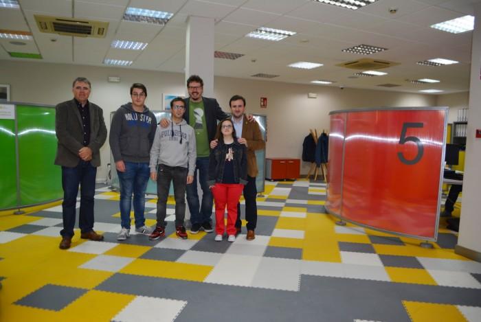 Ángel Luengo y Andrés Martínez con los nuevos contratados