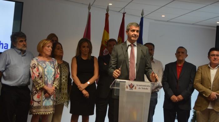 Álvaro Gutiérrez interviene en el acto de inauguración del centro de mayores de Santa Bárbara