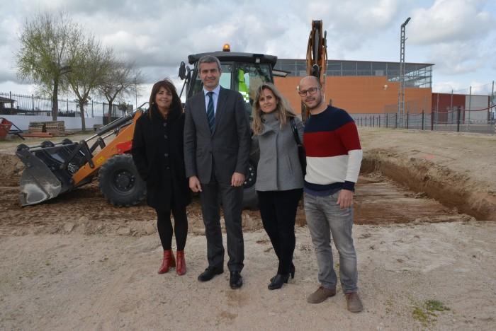 Álvaro Gutiérrez con Ana María Palomo, Noelia Pérez y Ricardo Pérez