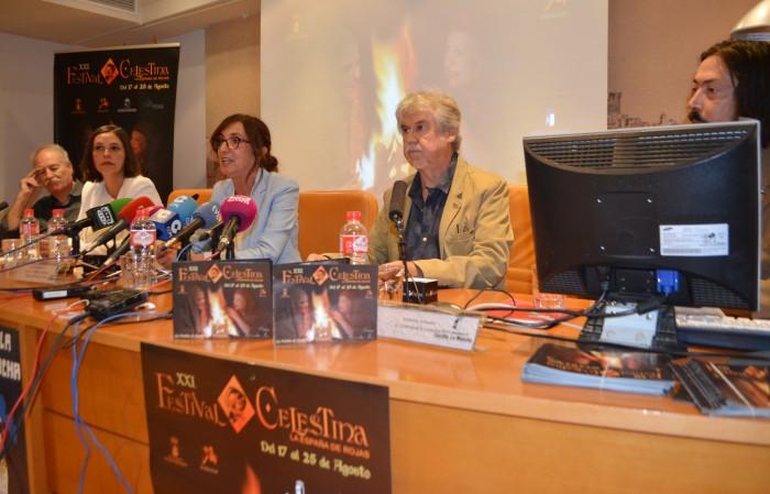 Ana Gómez interviene en la presentación
