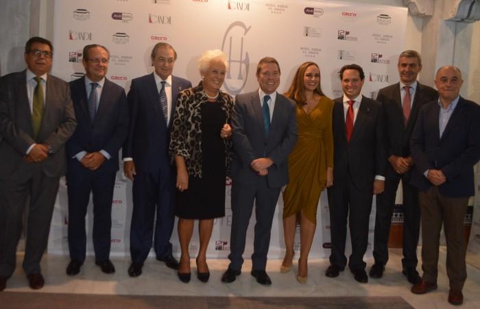 Asistentes a la celebración del 30 cumpleaños del hotel Pintor el Greco