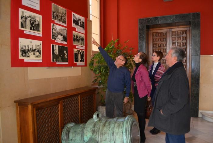 La diputada de Educación, Cultura e Igualdad visita la exposición