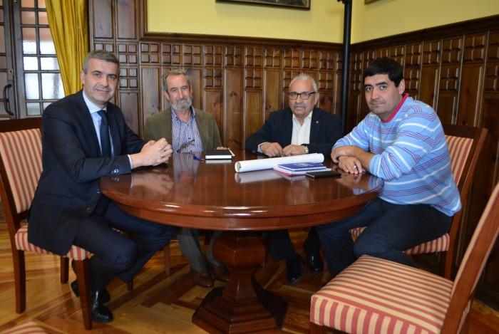 Álvaro Gutiérrez se reúne con el presidente y miembros de la Ejecutiva de MARSODETO